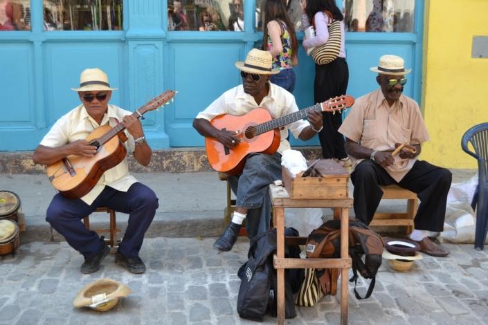 incentive-reise-kuba-strassenmusiker-eventagentur-globaldesire