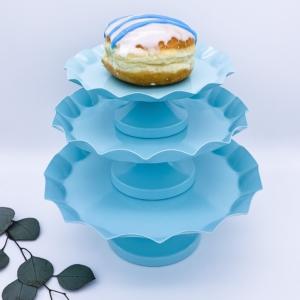 kuchenständer-tortenstaender-baby-blau-hellblau-3er-set-verleih-dekoverleih-eventdekoration-frankfurt-hochzeit-event-globaldesire