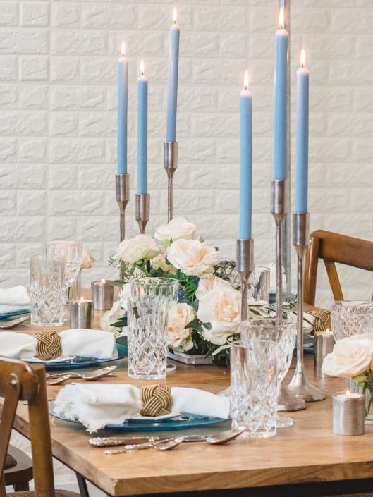 tischdeko-mieten-hochzeit-event-blau-weiss-romantisch-dekoverleih-frankfurt-globaldesire